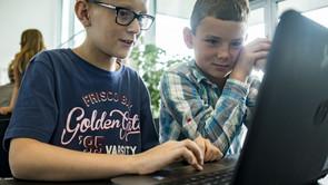 Streamer dine elever?