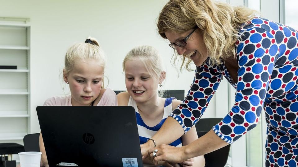 Bliv klogere på e-bøger og pædagogiske overlay