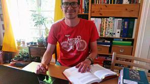 Svend læser til lærer