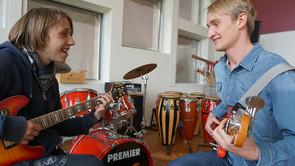 Musiklærer- lærer med en stærk musikprofil